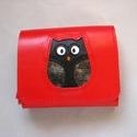 Piros fekete bagoly mintás bőr pénztárca, Táska, Pénztárca, tok, tárca, Bőrművesség, Kézzel varrott, szabott, kívül belül bőr pénztárca. A díszítés metszéses technikával készült. A bag..., Meska