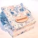 Virágos ajándék doboz, Otthon, lakberendezés, Dekoráció, Asztaldísz, Decoupage, transzfer és szalvétatechnika, Virágkötés, Decoupage technikával diszitett,virágos,szalagos fadoboz,.Doboz tetején Szeretettel feliratos kis t..., Meska