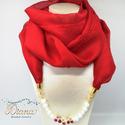 Ékszerkendő gyöngyökkel - hosszú - Vörös, Vörös chiffonból készült ékszerkendő. Az é...