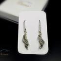 Csiga - Ezüst színű Gyöngyfűzött fülbevaló, Különleges gyöngyfűzött fülbevaló. A fülbe...