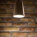 Design függesztett betonlámpa, Otthon, lakberendezés, Lámpa, Fali-, mennyezeti lámpa, Szobrászat, Négyélű, kerek aljú beton lámpa, függesztővel. Kábelhossz: 1,5 m 2*0,75 kéteres MCU vezetékkel, E27..., Meska