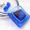 Kék üvegékszer nyaklánc és fülbevaló, ajándék  névnapra, születésnapra évzáróra tanárnéniknek.., Ékszer, óra, Medál, Nyaklánc, Ékszerszett, Ékszerkészítés, Üvegművészet, Fusing technikával készült, üvegékszer. Átlátszó liláskék és kék mintás  üvegből olvasztottam  Nikk..., Meska