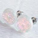 Pink sziporka üveg fülbevaló  , ajándék  névnapra, születésnapra., Ékszer, óra, Szépségápolás, Ruha, divat, cipő, Fülbevaló, Ékszerkészítés, Üvegművészet, Fusing technikával készült  exkluzív fülbevaló. Fehér opál és pink színátmenetes dichroic  üvegből ..., Meska