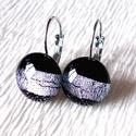 Fekete-ezüst szalaggos  kapcsos fülbevaló, ajándék nőknek névnapra, születésnapra. , Ékszer, Fülbevaló, Medál, Ékszerszett, Ékszerkészítés, Üvegművészet, Minőségi ékszerüveg felhasználásával készült, olvasztásos  technikával.  Fekete alapon enyhén rózsa..., Meska