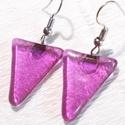 Pink fény  fülbevaló farsangra, névnapra, születésnapra., Ékszer, Ruha, divat, cipő, Ékszerszett, Fülbevaló, Olvasztásos technikával készült trendi fülbevaló. Csúcsminőségű  pink irizáló ékszerüvegből olvaszto..., Meska