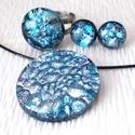 Ezüst-kék medál, gyűrű és stiftes fülbevaló, ajándék névnapra, születésnapra.