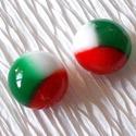Nemzeti színű stiftes fülbevaló, ajándék  névnapra, születésnapra., Ékszer, Baba-mama-gyerek, Ruha, divat, cipő, Fülbevaló, Olvasztásos technikával készült  színes ünnepi fülbevaló.  Piros, fehér, zöld muránói ü..., Meska