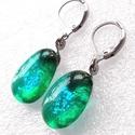 NEMESACÉL! Smaragd ragyogás dichroic fülbevaló, ajándék nőknek névnapra, születésnapra. , Csúcsminőségű dichroic ékszerüveg felhaszná...