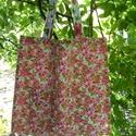 SZATYOR, virág mintás, bevásárló, Táska, Szatyor, Varrás, KÉSZTERMÉK  Erős vászonból készült. ez az elég nagy méretű szatyor, világoskék alapon pink virágos...., Meska