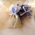 Köszönőajándék, Esküvő, Meghívó, ültetőkártya, köszönőajándék, Természet ihlette zsákvászon tasak köszönőajándéknak. Levendula témájú esküvők szép ki..., Meska