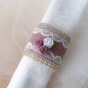 Zsákvászon-csipke szalvétagyűrű, Otthon, lakberendezés, Esküvő, Esküvői dekoráció, Mályva összeállításban készítettem ezt a szalvétagyűrűt,amely tökéletes dekorációja le..., Meska