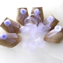 Zsákvászon szalvétagyűrű, lila rózsával, Esküvő, Esküvői dekoráció, Lila organza rózsákkal díszítettem ezeket a szalvétagyűrűket, amelyek tökéletes kiegészít..., Meska