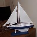 Fehér vitorlás hajó (felújított), Otthon, lakberendezés, Dekoráció, Asztaldísz, Dísz, Festett tárgyak, Egy kissé megkopott vitorláshajót újítottam fel.  Fehérre és kékesszürkére festettem. Új vitorlát é..., Meska