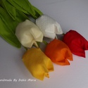 Textil tulipán 5 db, Dekoráció, Dísz, Csokor, 34 cm magas textil tulipánok. Piros, narancssárga, citromsárga, vanília és fehér színben kés..., Meska