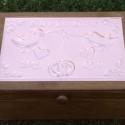 Kis madárkás esküvői doboz - egyedi felirattal rendelhető!, Otthon, lakberendezés, Esküvő, Nászajándék, Tárolóeszköz, Egyedi dombornyomott fémlemezzel díszített esküvői doboz 13 cm × 19 cm × 8 cm méretben.  Lehet násza..., Meska
