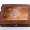 Nagy galambpáros esküvői doboz - egyedi felirattal rendelhető!, Esküvő, Otthon, lakberendezés, Nászajándék, Tárolóeszköz, Egyedi dombornyomott fémlemezzel díszített esküvői doboz 25 cm × 19 cm × 8,5 cm méretben.  Lehet nás..., Meska