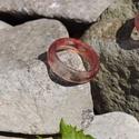 Archelair 19-es műgyanta gyűrű, Ékszer, Gyűrű, Ezt a 19-es méretű gyűrűt epoxy műgyanta, piros festék, és kevés csillámpor felhasználásával készíte..., Meska