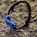 Kraken karkötő, Ékszer, Karkötő, Gyurma, Ékszerkészítés, Kék színű polipkar csúszócsomós karkötőre fűzve. A polipkar, mely süthető gyurmából készült, 3,5 cm., Meska