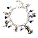Babaváró karkötő - kék gyöngyökkel, Ékszer, óra, Karkötő, Babaváró karkötő, fém medálokkal és kék, műanyag gyöngyökkel. Tökéletes ajándék kisma..., Meska