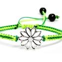 Karkötő virág motívummal - zöld árnyalatok, Ékszer, óra, Karkötő, 2 különböző árnyalatú zöld szaténzsinórral, virág medállal, és 2 db fekete műanyag gyö..., Meska
