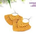 Auróra makramé fülbevaló – mustársárga, Prémium minőségű pamutfonallal készített fü...