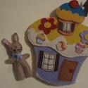 Puding házikó- interaktív játék, Baba-mama-gyerek, Játék, Készségfejlesztő játék, Varrás, A Pudingház, melynek lakója egy nyuszika.  Teljes mértékben kézzel készült ez a komplett házikó hál..., Meska