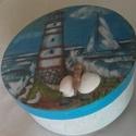 """""""Víztorony"""" doboz, Dekoráció, Otthon, lakberendezés, Tárolóeszköz, Doboz, Dobozomon víztorony látható. Kagylóval díszítve Mérete: 15x15 cm, Meska"""