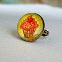 Muffin gyűrű, Saját festményemet foglaltam az üveglencse mög...