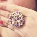 Krémes fagyi színű színes tavaszi gyűrű- Spring Ring, Ékszer, Gyűrű, Állítható antiallergén fémalapra dolgozott kézzel hímzett menta, krémes barack, krémes lila egy csip..., Meska