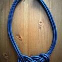 Kék paracord nyaklánc, Ékszer, Nyaklánc, Paracord kötéllel készült nyaklánc, amely akár a hétköznapi, akár az alkalmi öltözékünk..., Meska