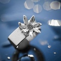 Virágos gyűrű, Ékszer, óra, Esküvő, Gyűrű, Esküvői ékszer, Ékszerkészítés, Famegmunkálás, Virágos ezüst gyűrű. Rendes kézimunkával készített ékszer. A virágos gyűrűjeim mintáit,-  virágjait..., Meska
