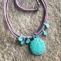 Nyaklánc, Ékszer, Nyaklánc, Koptatott réz medálok lila bőrszálon. Hossza: 47 cm., Meska