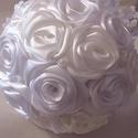 """""""Ártatlanság""""csokra, Esküvő, Szerelmeseknek, Esküvői csokor, Esküvői dekoráció, Hófehér egyszerű és csodálatos menyasszonyi csokor csipkével,gyöngyökkel igény szerint bros..., Meska"""