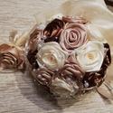 Örökcsokor, Szerelmeseknek, Esküvő, Esküvői csokor, Esküvői dekoráció, Virágkötés, Barna,arany,ekrü színű selyemvirágcsokor ,ami kb. 26 db rózsából készül.30 cm átmérőjű.Igény szerin..., Meska