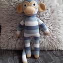 Spagetti majom, Játék, Játékfigura, Horgolás, Ezt a majmot kép alapján készítettem. Pamut fonalból horgoltam amigurumi technikával.  tömőanyaga 1..., Meska