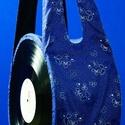 NótaTatyó - bakelit táska, Ruha, divat, cipő, Táska, Válltáska, oldaltáska, Varrás, A NótaTatyó saját szabásminta alapján készül: béléssel és maroktelefon tartóval, oldala egy-egy bak..., Meska