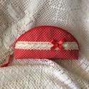 Piros pöttyös tolltartó, neszeszer, Minőségi pamutvászonból,közbéléssel erősí...