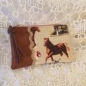 Lovas neszeszer,kártyatartó,pzstartó stb., Mindkétoldalán textilbőrből,szép lovas pamutv...