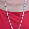 Makramé nyaklánc, Ékszer, óra, Nyaklánc, Csomózás, Fényes fehér fonalból makramé technikával, gyöngy díszítéssel készült nyaklánc. Teljes hossza: 84 +..., Meska