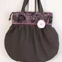 Nagyméretű  válltáska , Táska, Válltáska, oldaltáska, Varrás, Mindenmás, Szürke  szövetből készítettem ezt a táskát,aminek a a felső része fekete-lila virágos szövet betéte..., Meska