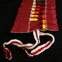 Krétatartó bordó, Játék, Krétatartó, jó minőségű filc anyagból, horgolt pánttal.   A gyapjú filcből készült krét..., Meska