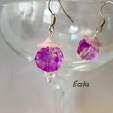 Csiszolt gyöngyös fülbevaló, Ékszer, Fülbevaló, A fülbevaló alapja egy lila csiszolt gyöngy, amit kiegészítettem egy átlátszó gyönggyel és..., Meska