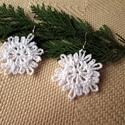 Horgolt hópihe fülbevaló, Ékszer, óra, Fülbevaló, Horgolt hópihe fülbevaló karácsonyra remek egyedi választás.  Mérete akasztó nélkül 4 cm. ..., Meska