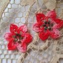 Színátmenetes horgolt virág fülbevaló, Ékszer, Fülbevaló, Piroshoz hasonló színátmenetes csillag formájú virágom horgolással készült, a közepét fé..., Meska
