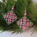 Szürke-rózsaszín párosítás, horgolt fülbevaló, Ékszer, Fülbevaló, Szürke és rózsaszínű fonalakat és ugyan ilyen színű gyöngyöket használtam a fülbevalóhoz . Elegáns d..., Meska