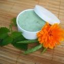 Esemény előtti 7 gyógyfüves arcpakolás, Szépségápolás, Kozmetikum, A sokféle gyógynövény összekomponált hatóanyagai serkentőleg hatnak a bőr anyagcseréjére. Hatására a..., Meska
