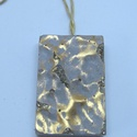 BETON nyaklánc #6, Ékszer, Nyaklánc, Betonból készült pirit ásvány és fémhatású festék felhasználásával. A természetes formákat igyekszem..., Meska