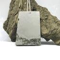 BETON nyaklánc #10 - téglatest alakú - pirit ásvány - fém lánc - különleges ékszer -ajándék célra vagy saját részre is, Ékszer, Nyaklánc, Betonból készült pirit ásvány és fémhatású festék felhasználásával. A természetes formákat igyekszem..., Meska