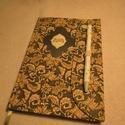 A/5 Határidőnapló, Zöld tollas (13), Naptár, képeslap, album, Naptár, Jegyzetfüzet, napló, Könyvkötés, Papírművészet, Mérete: 14 x 20 cm,hetes beosztású, a végén 60 oldal jegyzettel. Halványzöld , kézzel tervezett, ra..., Meska