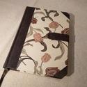 A/5 Tulipános félbőrös napló, Otthon & lakás, Naptár, képeslap, album, Jegyzetfüzet, napló, Könyvkötés, Méretei: 14 x 20 cm-es , 240 oldalas, vajsárga üres lapokkal. Kézzel fűtött, félbőr kötésű napló, m..., Meska